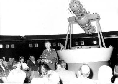Sigmund Jähn hält Vortrag im Raumflugplanetarium